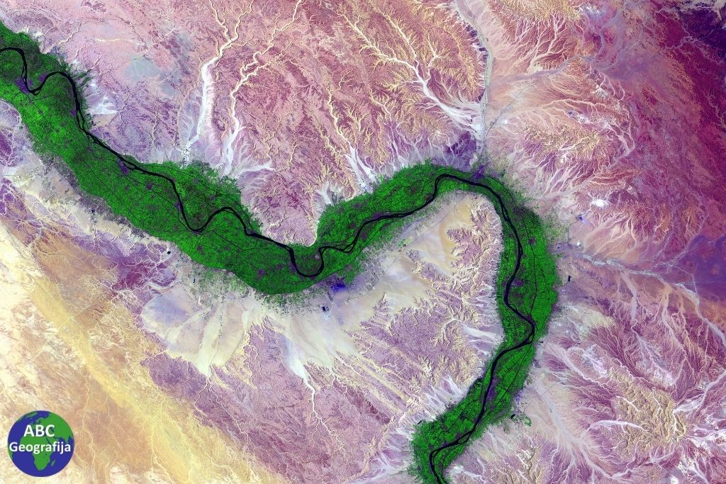 Rijeka Nil iz zraka