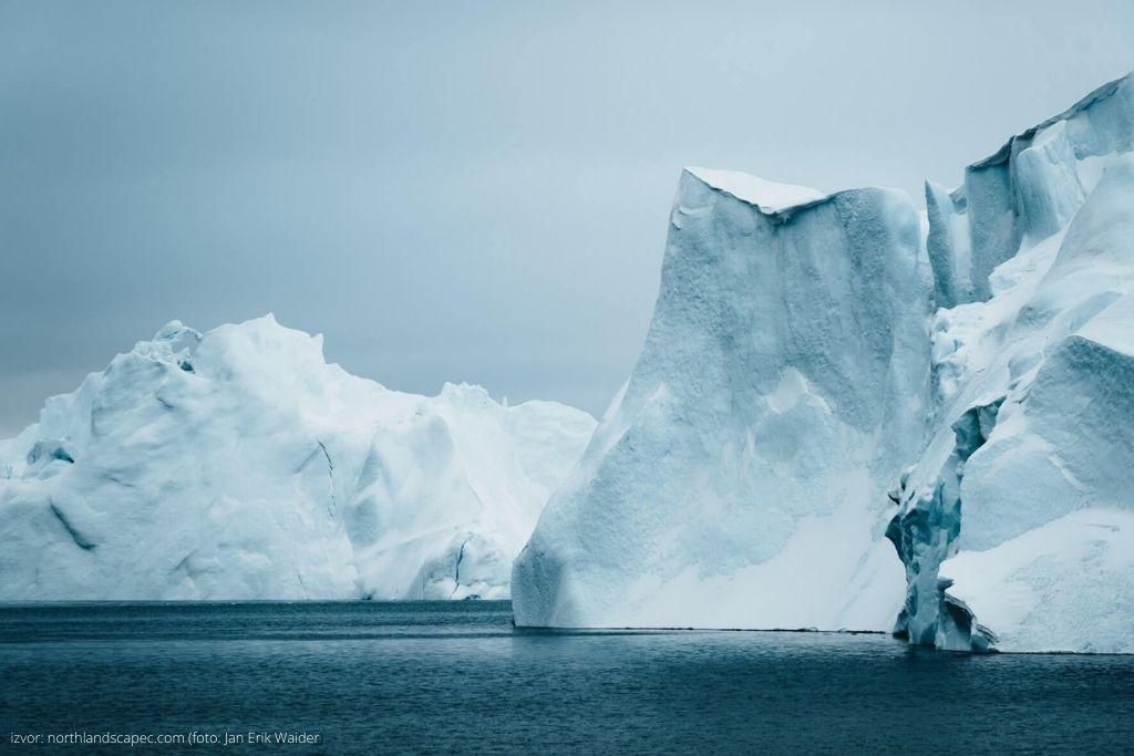Ledeni zid fjorda Ilulissat na Grenlandu