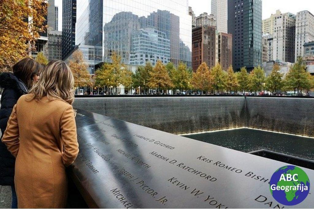 """Spomenik """"Reflecting Absence"""" otvoren na desetu godišnjicu napada"""